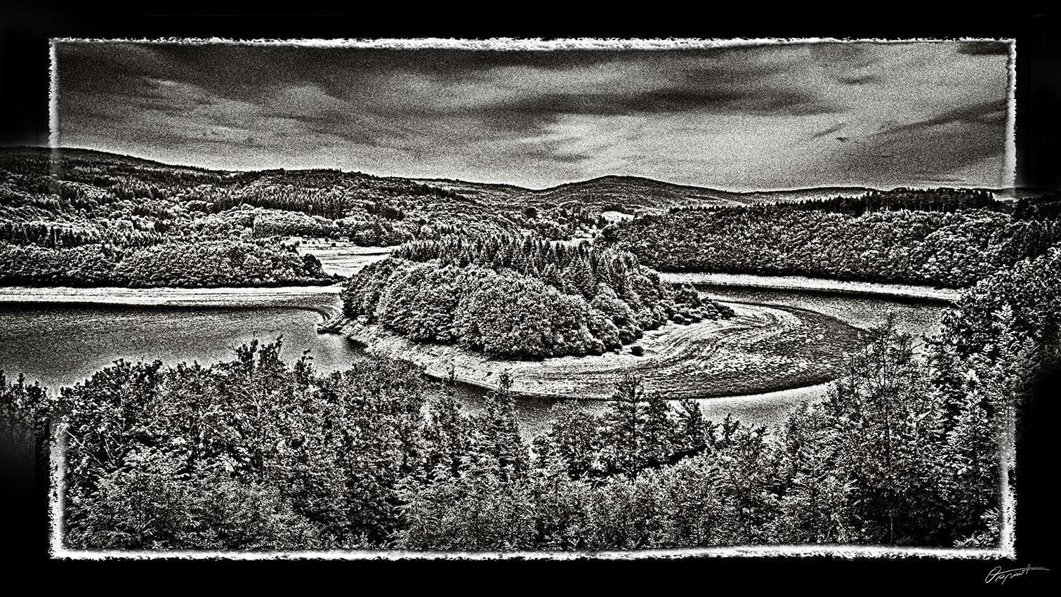 Photographie d'art du lac de La Raviège