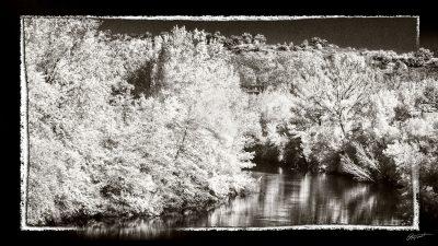 Photo infrarouge Noir et blanc de l'Aude à Canet